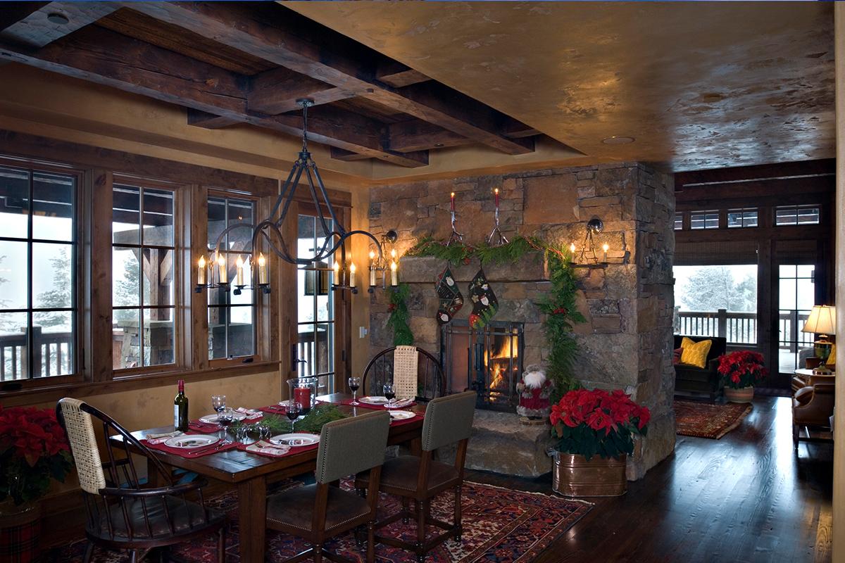 Authentic-Inc-Big-Sky-dining