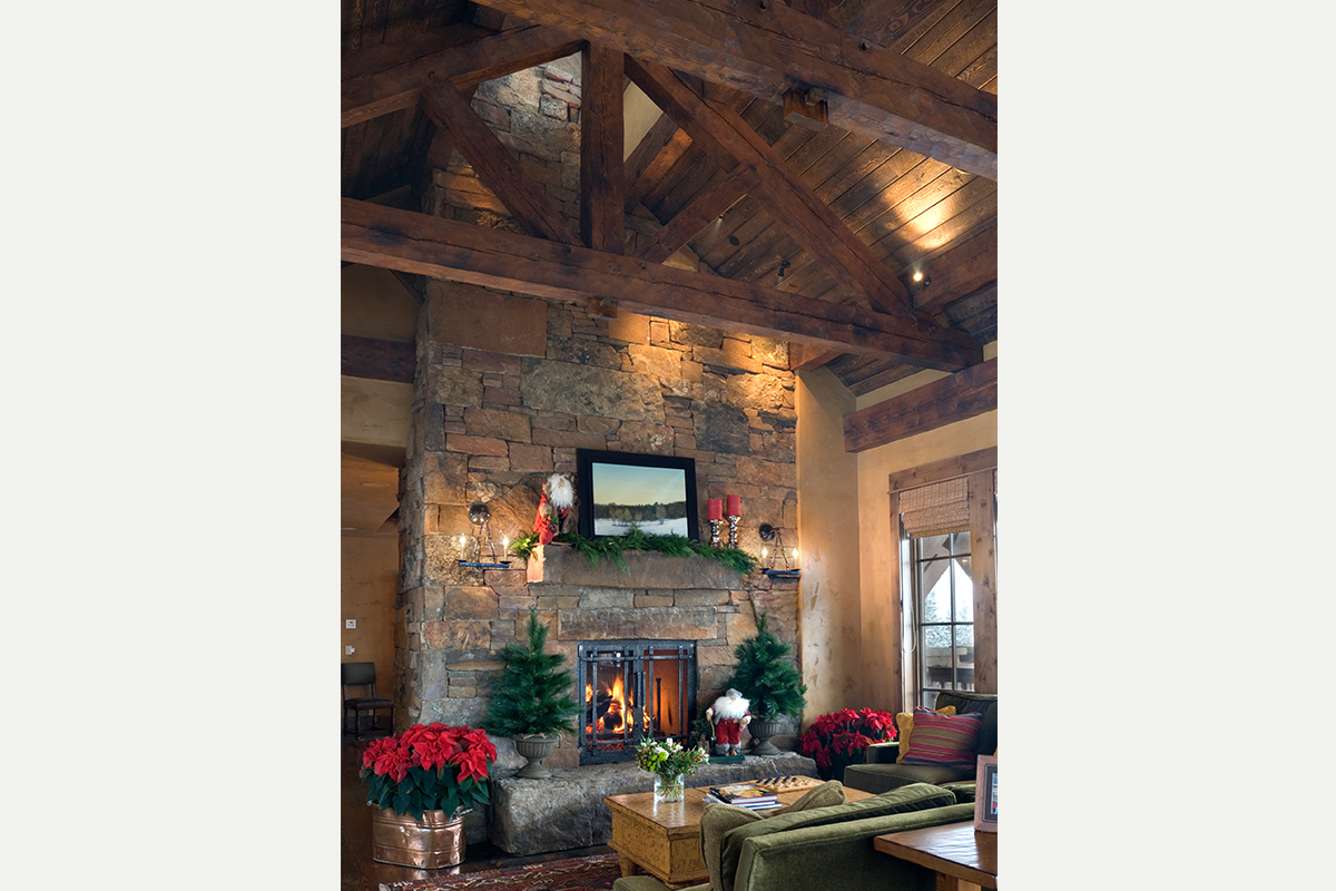 Authentic-Inc-Big-Sky-great-room-fireplace