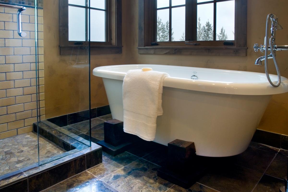 Authentic-Inc-Big-Sky-master-tub