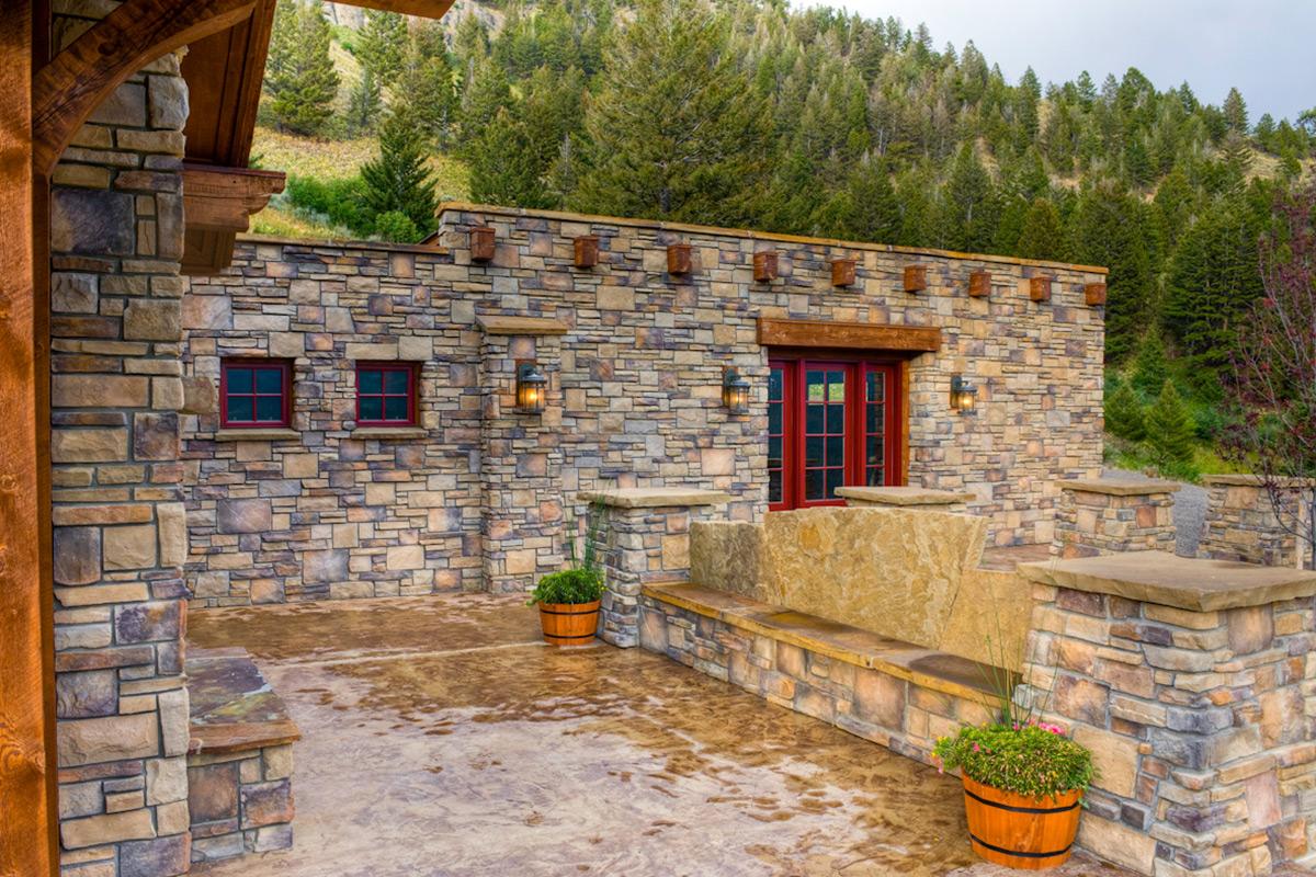 Authentic-Inc-Bridger-outdoor-rock-deck