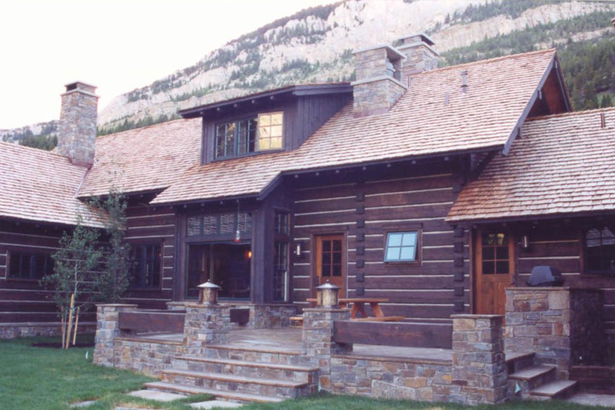 Dearborn-River-Ranch-back-deck