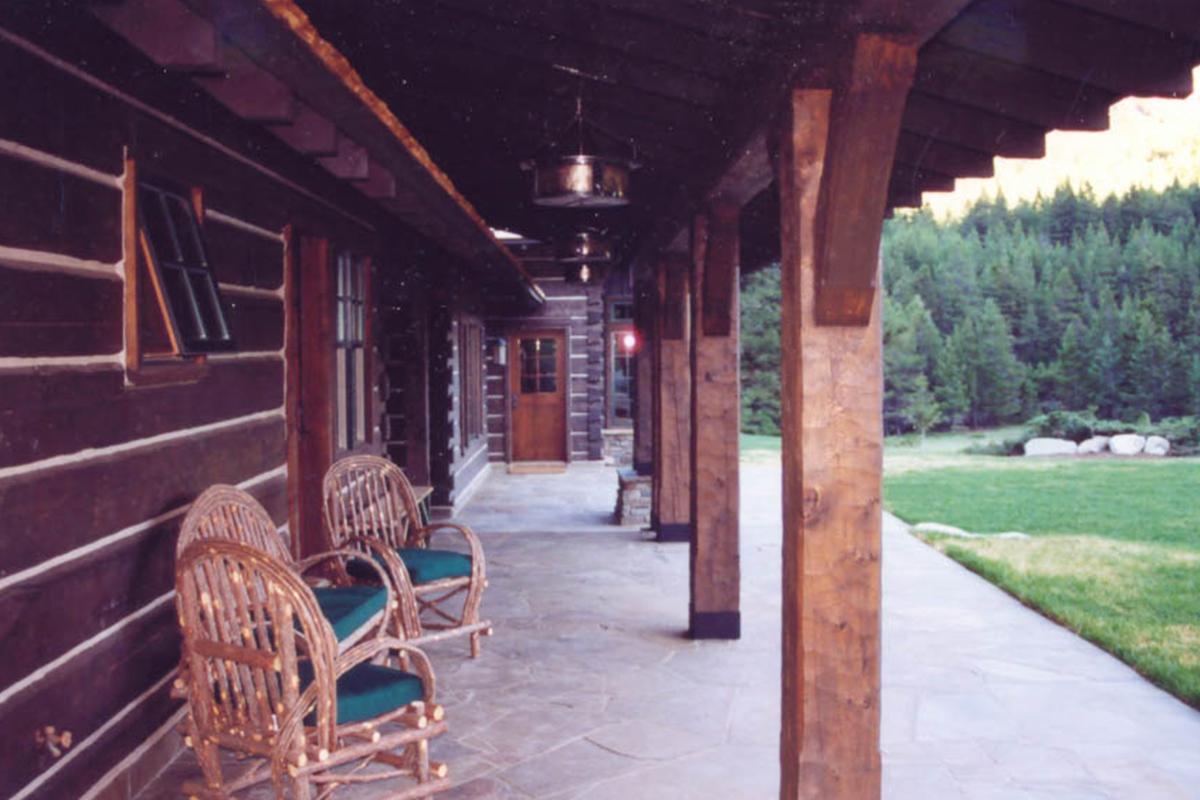 Dearborn-River-Ranch-guestpatio