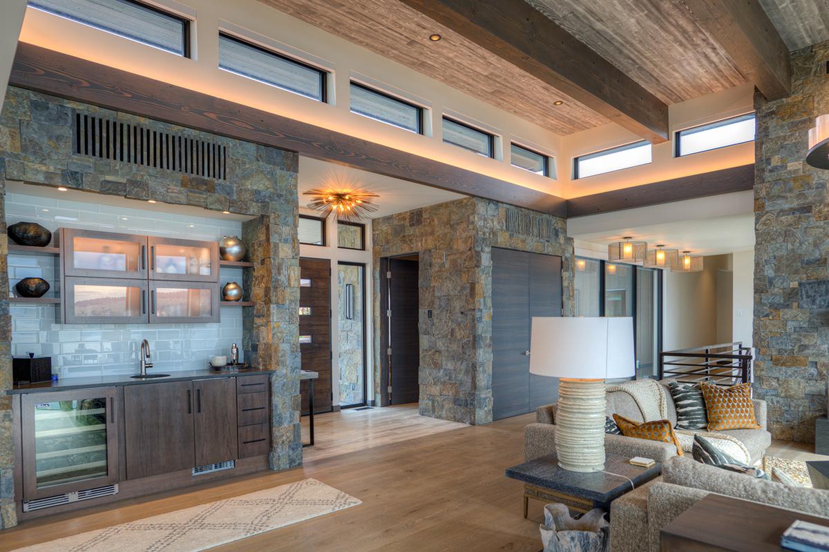 GTWN-Entry-living-room-WP
